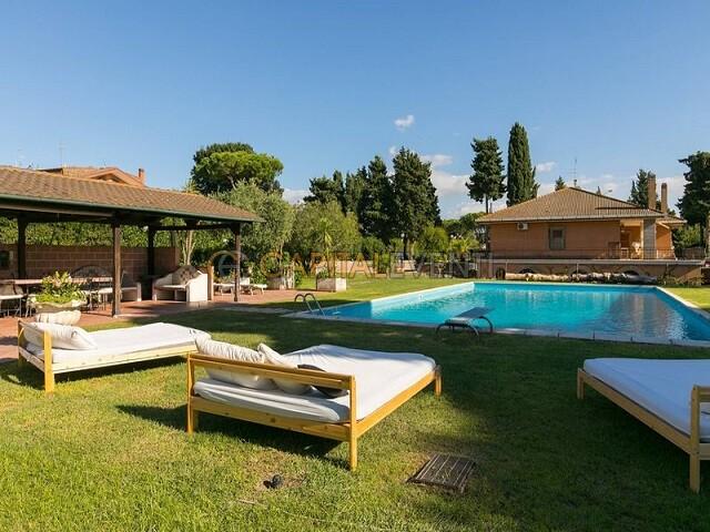 Villa Elena Roma 3